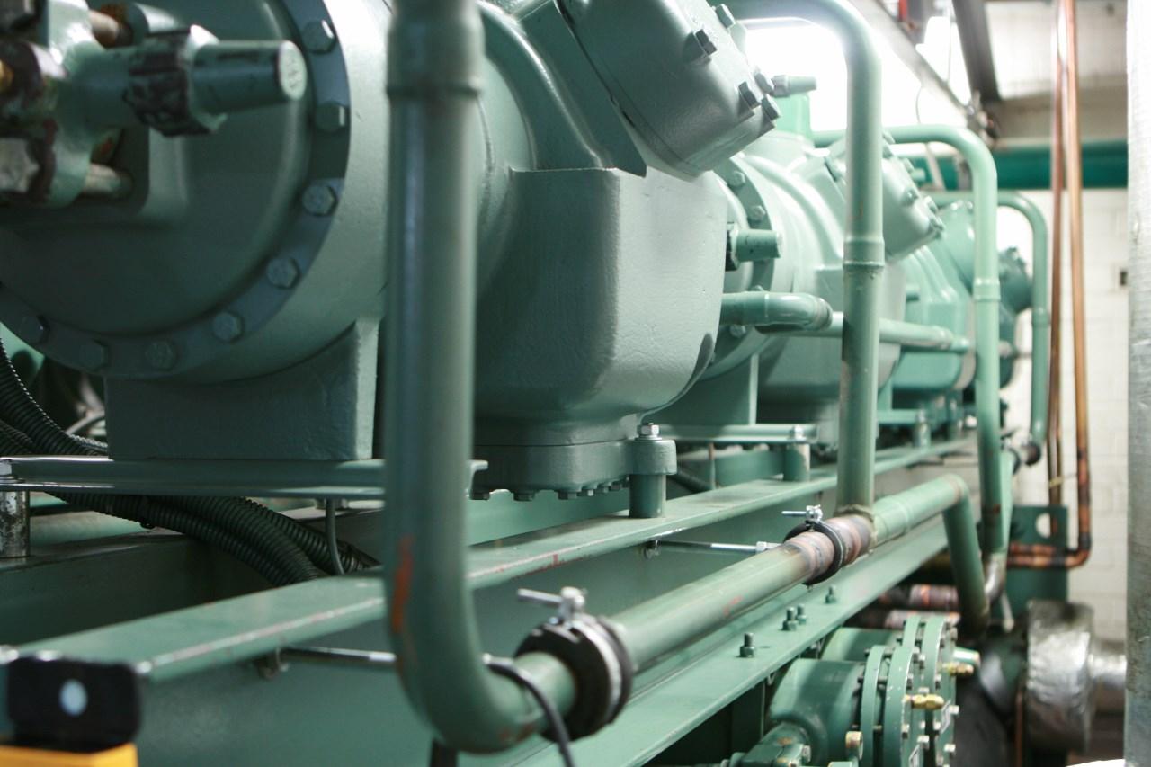 Chillers | Carrier | HydroCarbon Retrofit